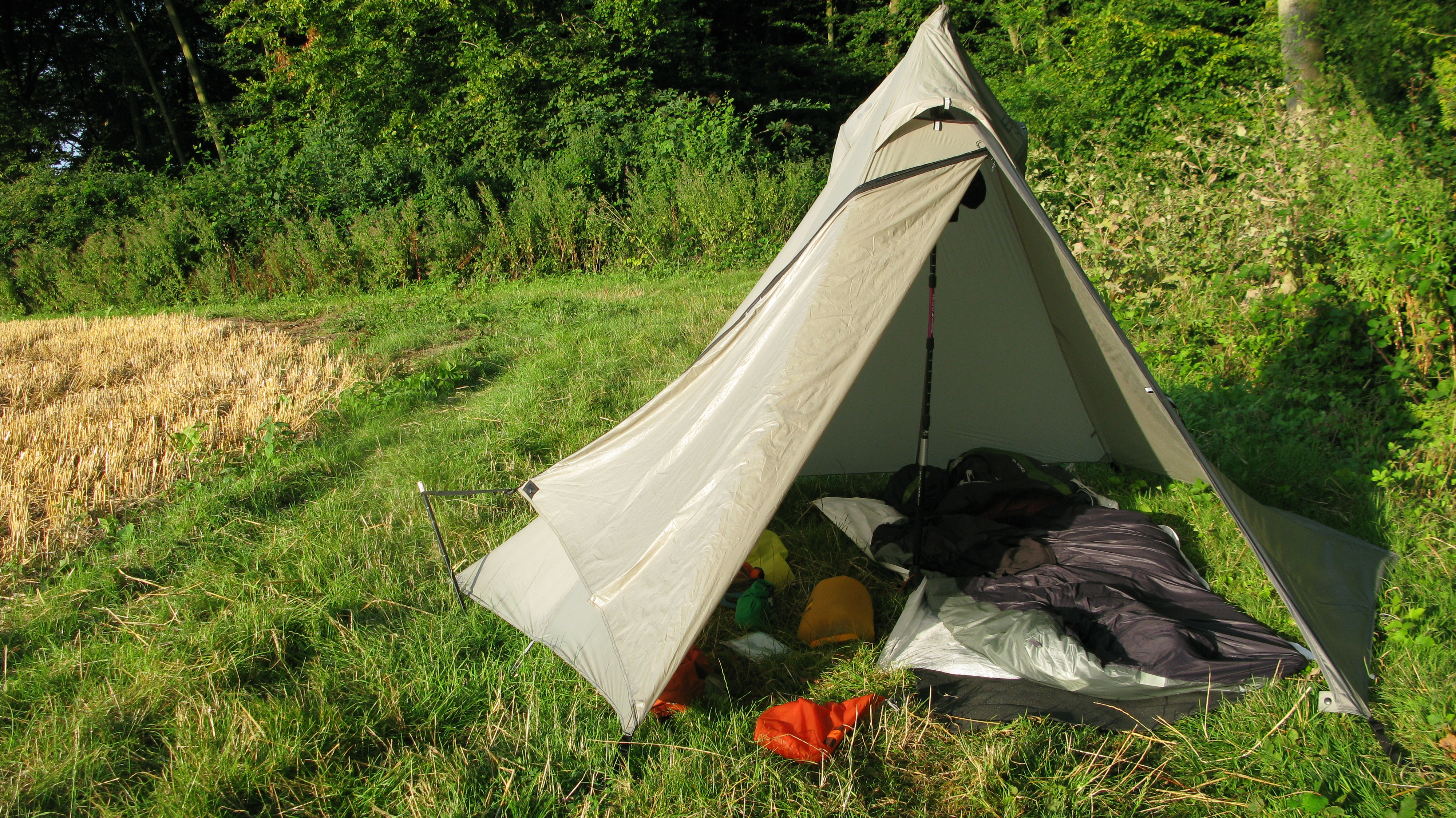 Wiki-Up SUL 3 used in tarptent configuration & Shelter | Three Points of the Compass