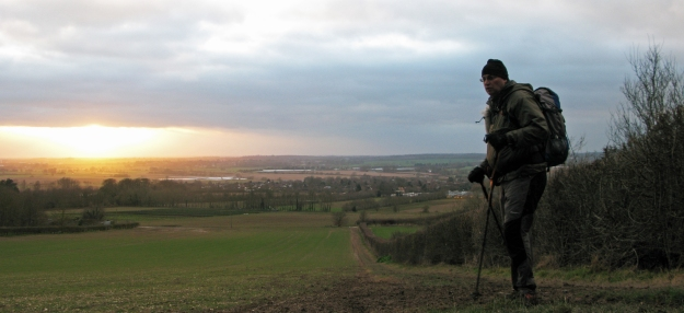 A winters evening on the North Downs Way, the temperature begins to drop