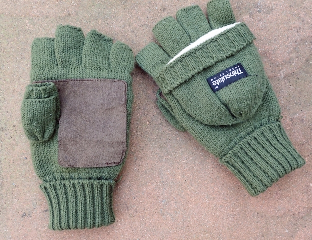 Lined fingerless gloves-mitts