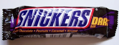 Snickers Dark. 51.9g. 250kcal