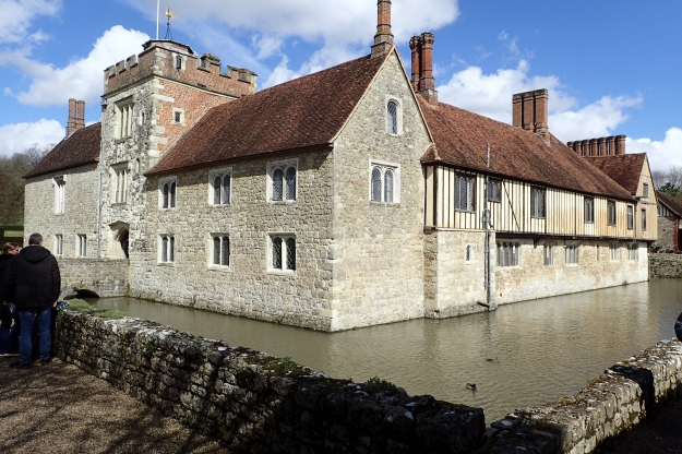 The route passes right by Igtham Mote, 14th-century moated manor house