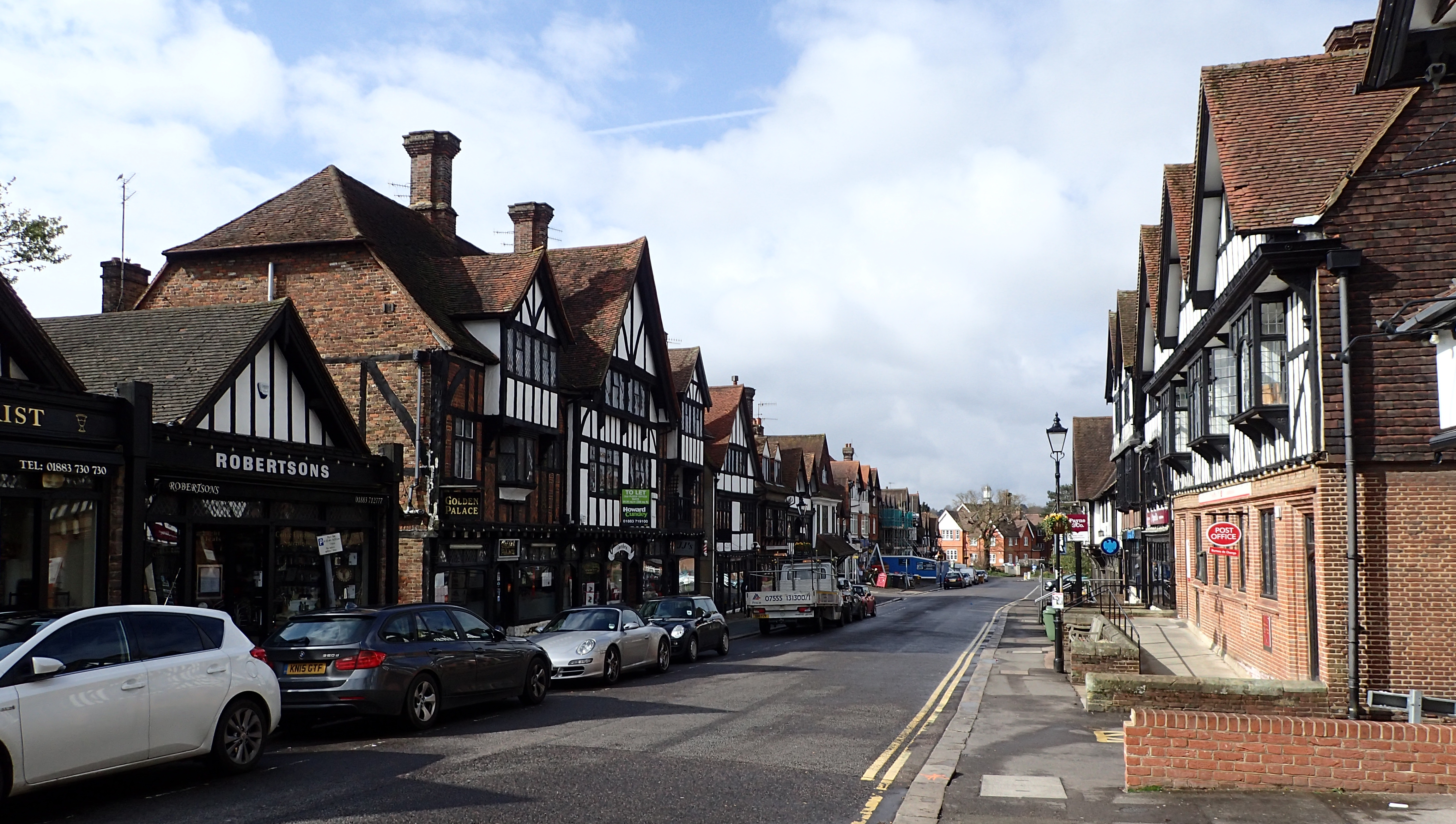 Most larger towns are encountered at the beginning and end of each days walk as I arrive or leave by public transport. Station Road, Oxted