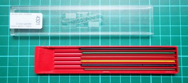 Plastic holder and coloured 2mm leads for Kol-I-Noor mechanical clutch holder
