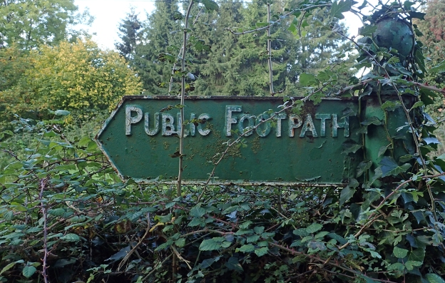 One of the older Public Footpath signs surviving in the Chilterns Area of Outstanding Natural Beauty