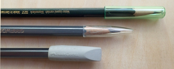 For pencils in a loose roll, and especially if kept loose, it may be advisable to use caps to protect the pencil points