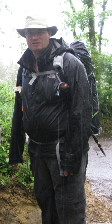 Three Points of the Compass has usually simply relied on pulling the hands back into the sleeves when hiking in the rain. Two Moors Way, 2012