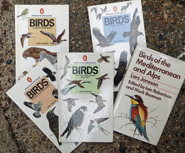 During 1976-80 five volumes appeared in Sweden under the title Fåglar i Naturen (Birds in the Wild), these books were later translated into English and dealt with European birds, with a few key species from Turkey and North Africa. Each book dealt with a different habitat and geographical region. In the 1980s it was decided to put the contents together in to a single volume. Most illustrative plates were redone for Birds of Europe, along with new maps and text