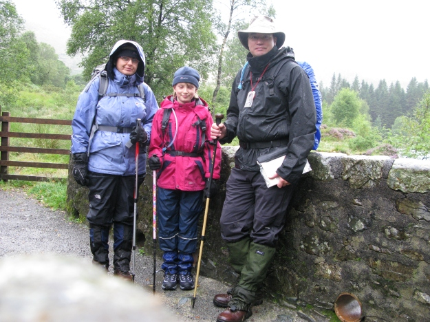 Another wet day! Three Points of the Compass and family setting off on a 'Wainwright Walk' in the Lake District, August 2008