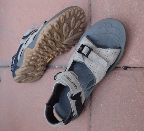 A good pair of sandals is both comfortable and allow the feet to breathe and recover. However a pair such as these from Merrell, weigh 750g