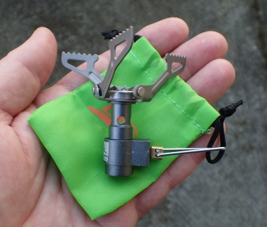 The BRS 3000-T is delivered from China in simple packaging and comes complete with a little green carry pouch