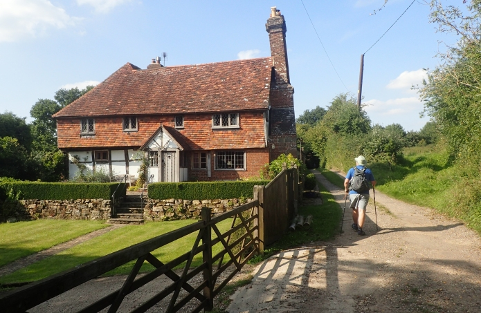 Lovely wealden houses passed while on trail