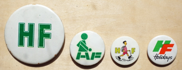 Button badges from the 1990s/2000s