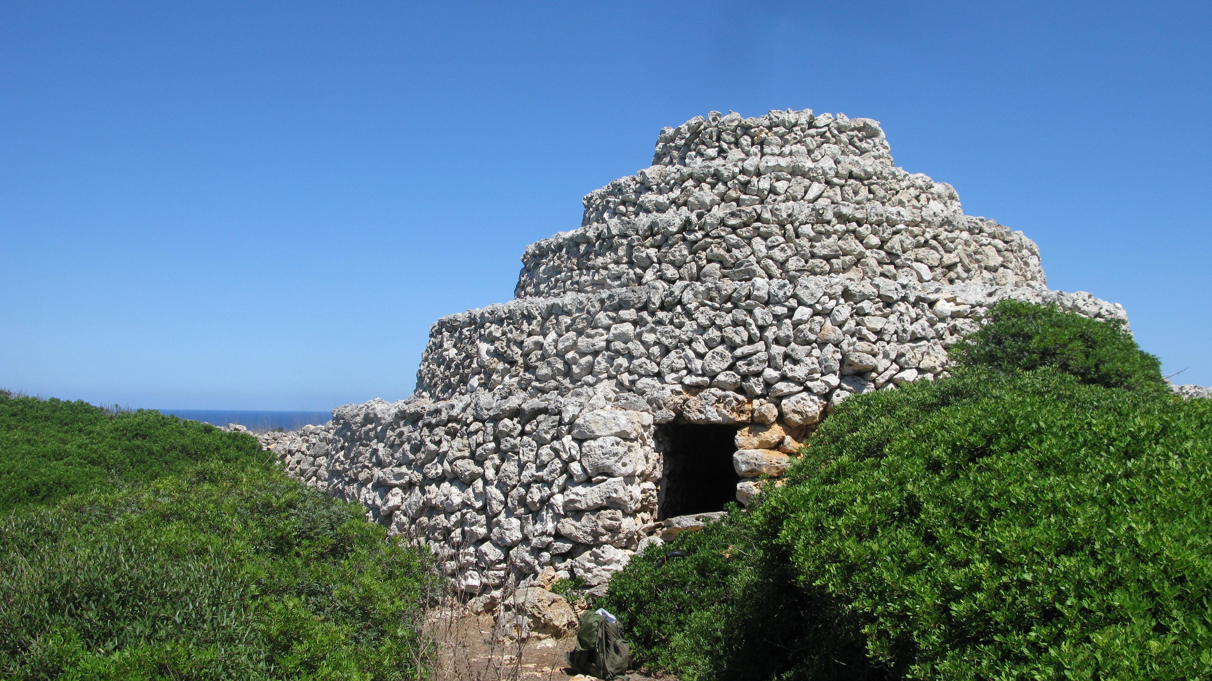 19th century Barraca de bestiar. A tiered stone shelter for animals