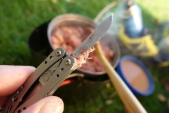 Because of their small size, food can gunge up one of these tools pretty easy, especially the holes in the blade on the Style range. Leatherman CS in use on the Tabular Hills, 2019