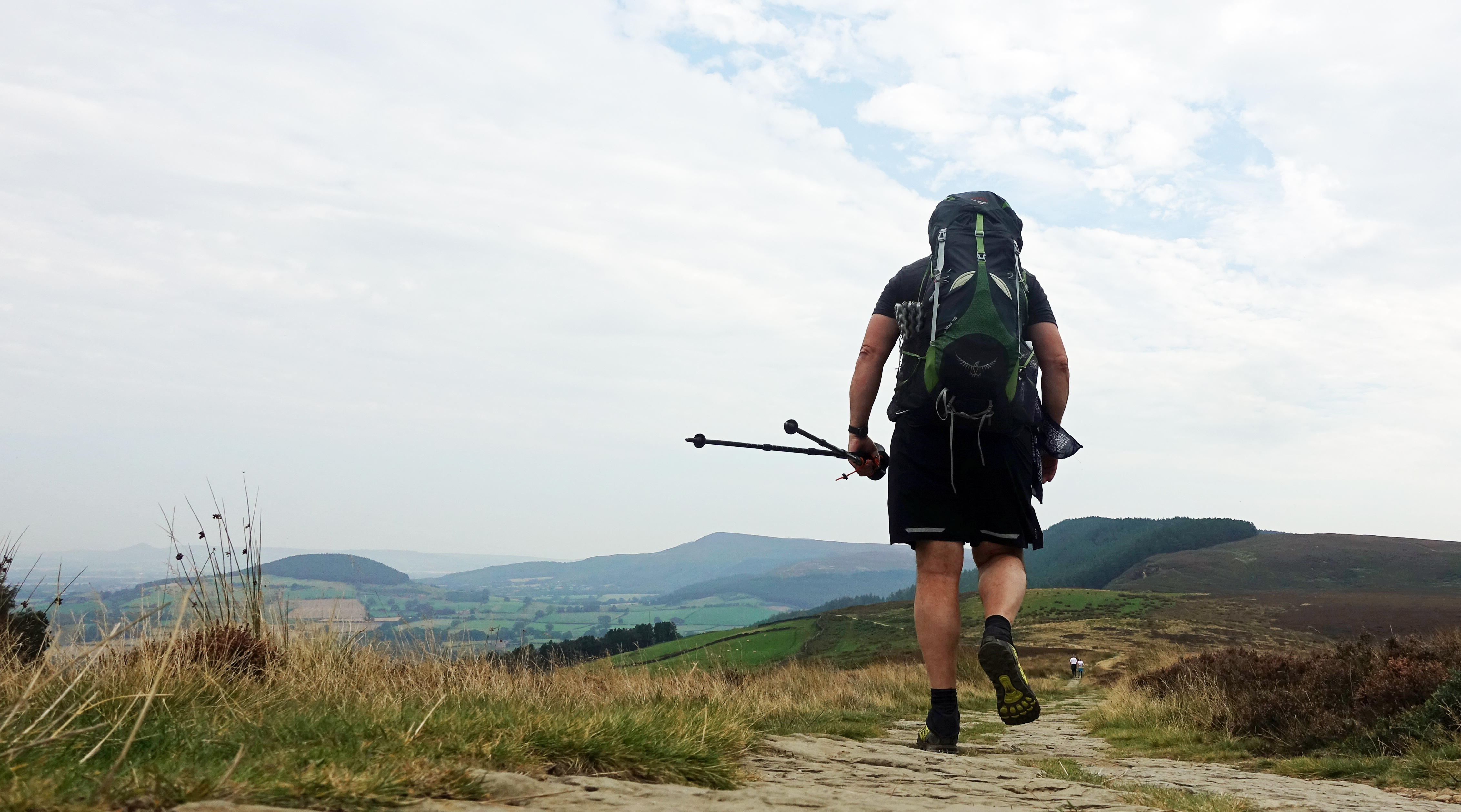 Despite my narrower Osprey Exos proving uncomfortable with the heavier load being carried, the Cleveland Way paths are invariably good and easily traversed