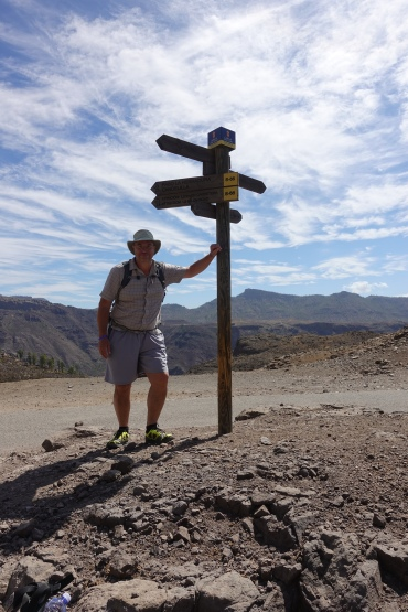 Three Points of the Compass hiking Cruce de la Data, Gran Canaria in October 2019