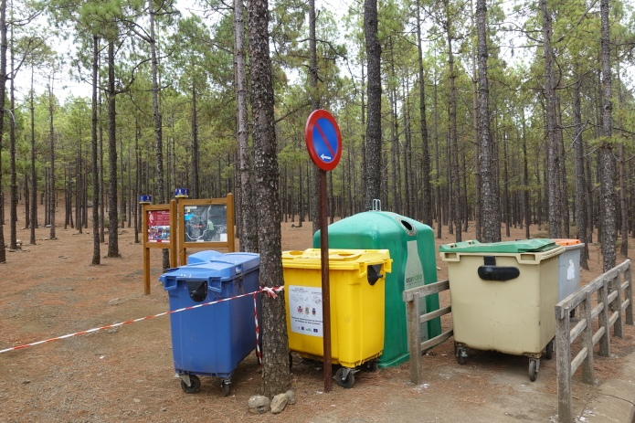 Useful facilities provided at campsite on Gran Canaria. It is along way to the nearest bin from here....