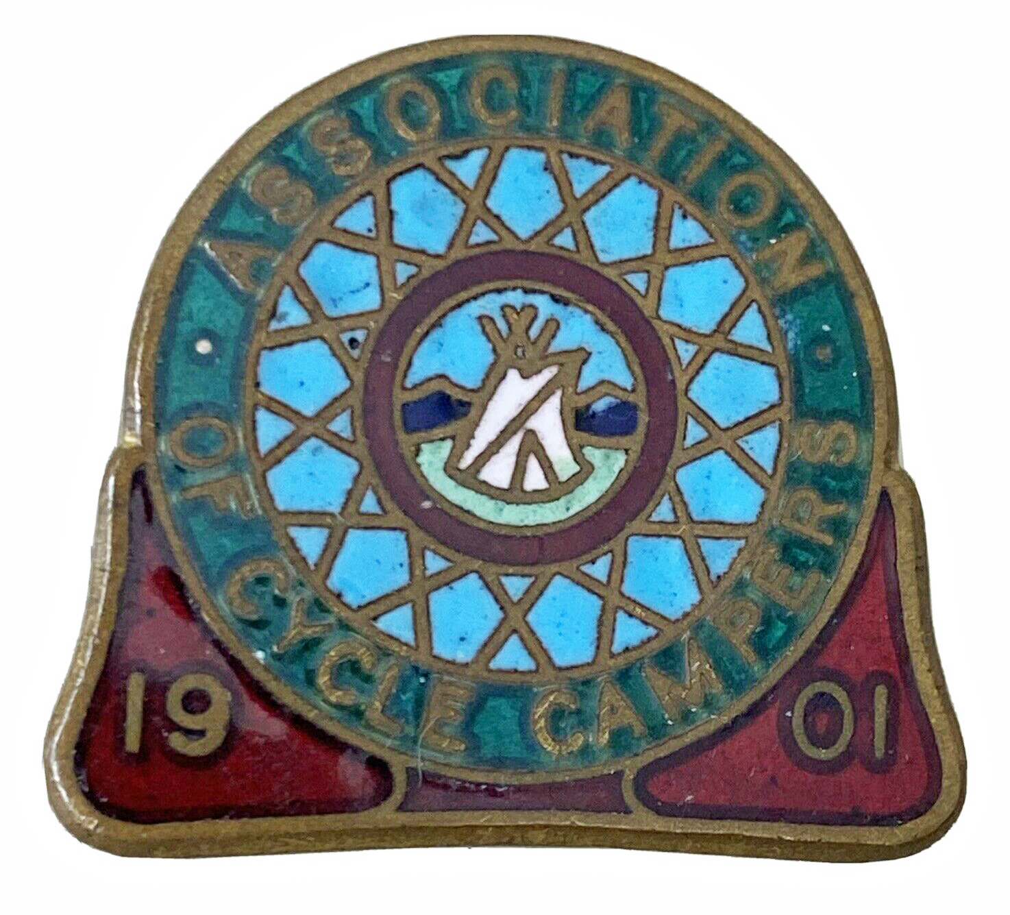 Association of Cycle Campers. Enamel badges were first introduced in 1904