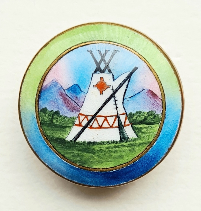 Hand painted enamelled Camping Club badges were available for club members after their second name change. 1920-1954. Gaunt