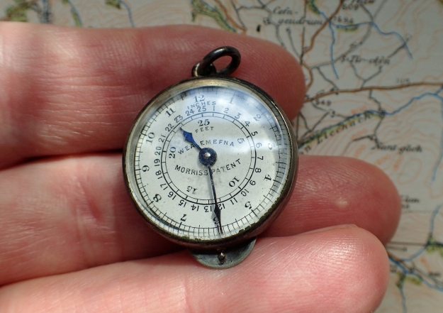 The Wealemefna is tiny in the hand. The case of this watch-chain instrument measures just 26mm across its width