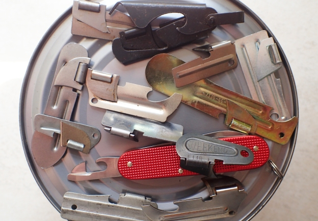 Lightweight tin opener options for backpacking