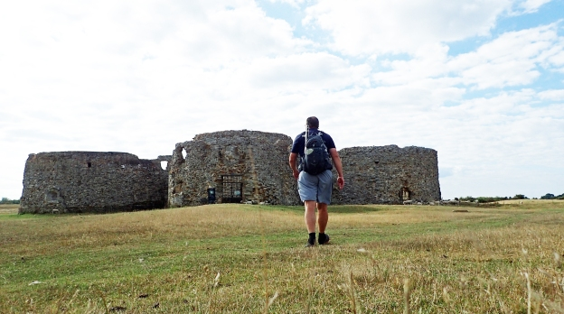 Saxon Shore Way- Camber Castle
