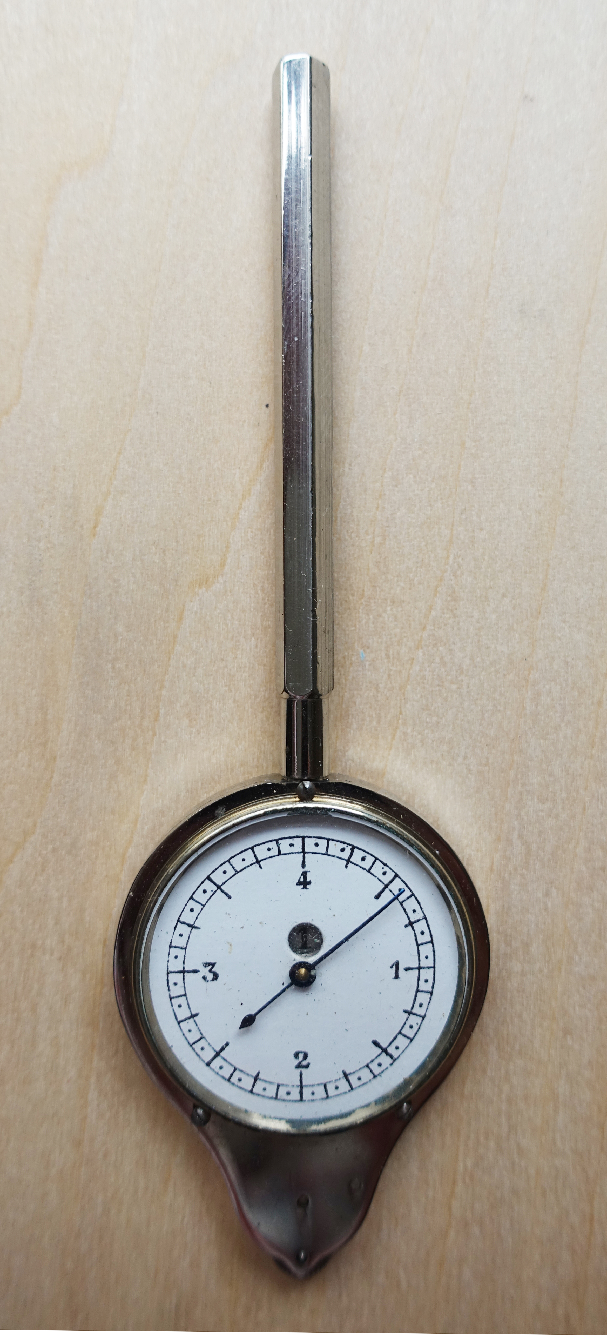 A clean example of an Self-Registering Rotameter made by Henri Chatelain