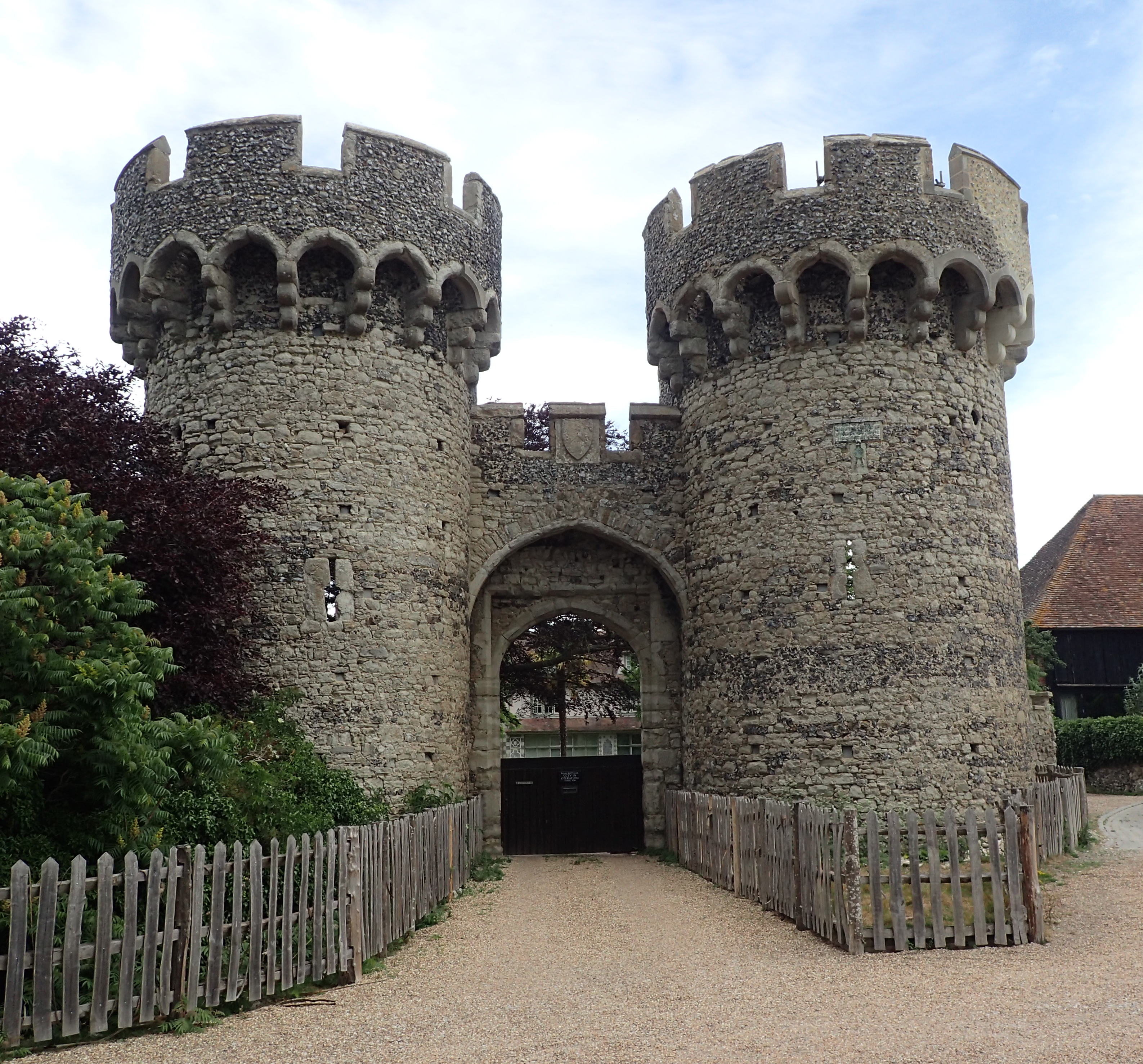 Outer gatehouse of 14th century Cooling Castle