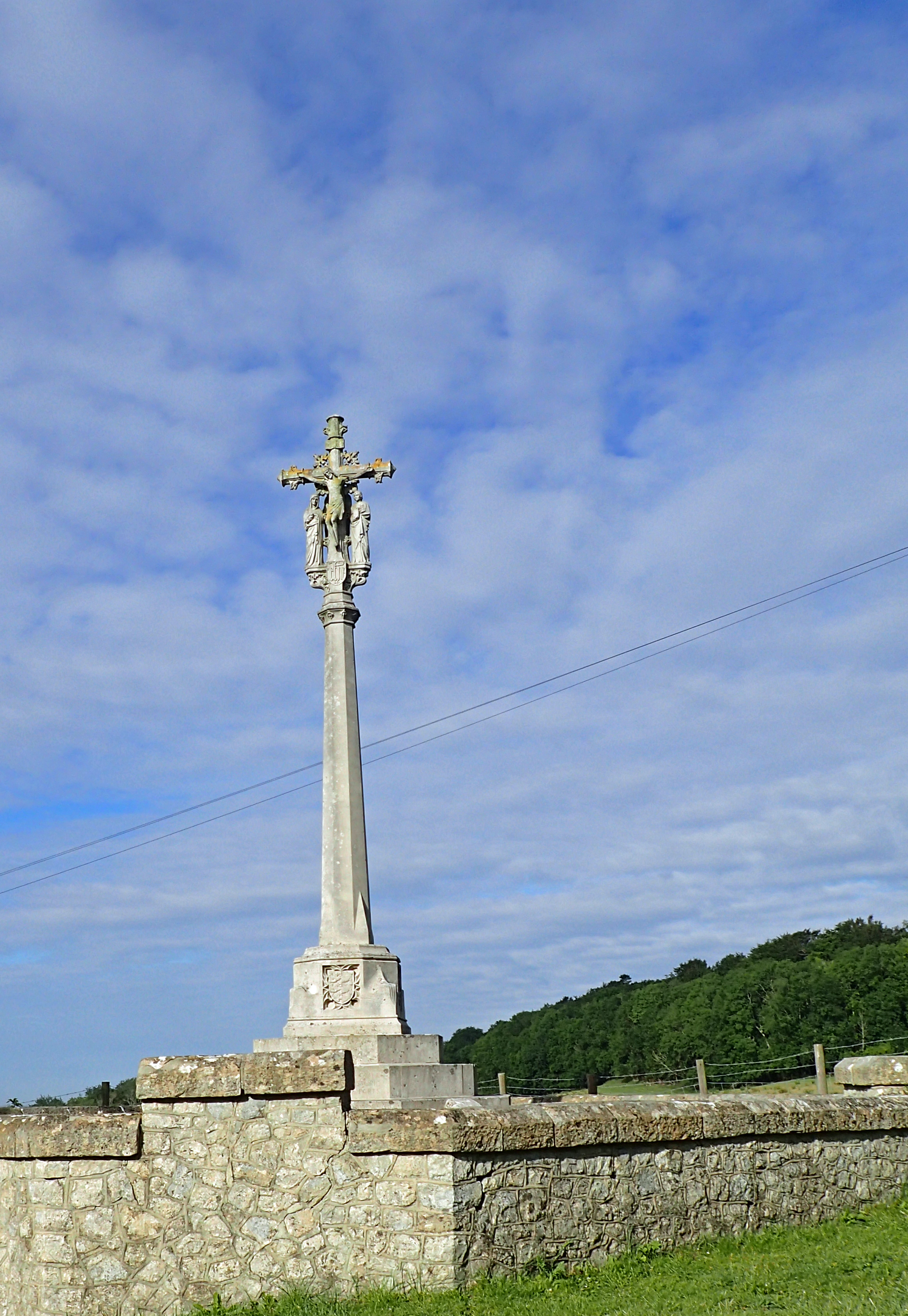 The Shepway Cross