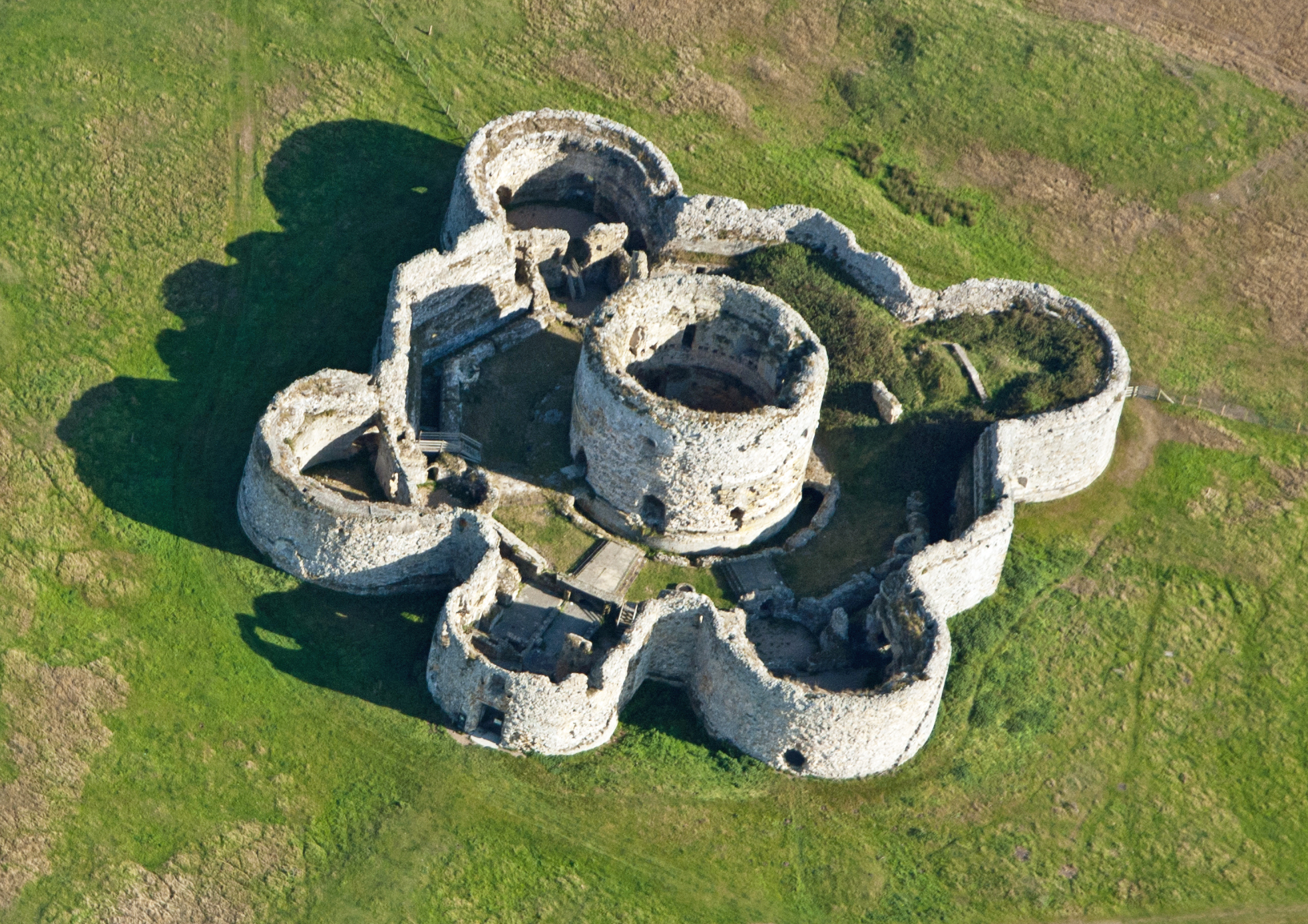 Camber Castle. Image edited from that on Wikipedia