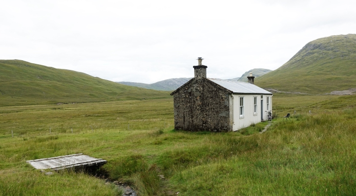 Bothy at Bendronaig Lodge. Excellent facility maintained by the Attadale Estate. Popular with cyclists and Munro baggers. One of the few bothies with an indoor w/c, just be sure to fill the bucket of water...