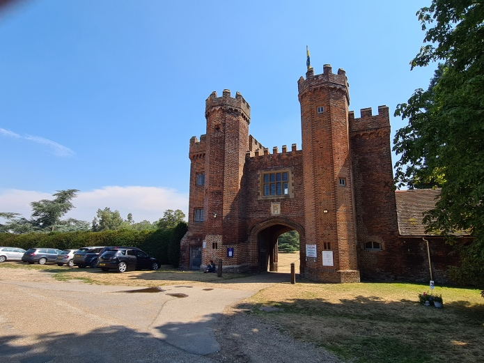 Gatehouse to Lullingstone Castle