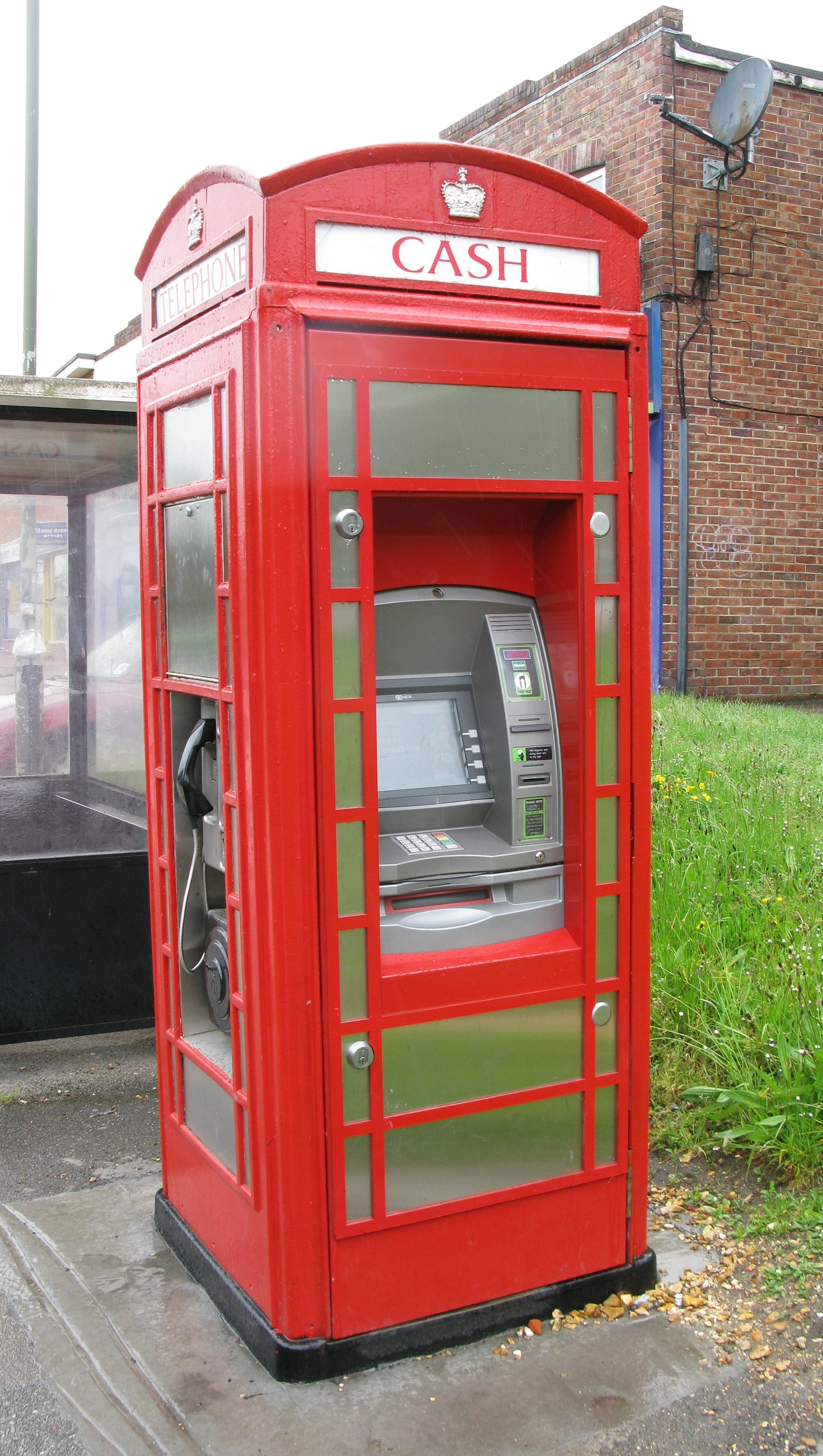 K6 converted to provide both telephone call point and cash-point facilities. New Forest