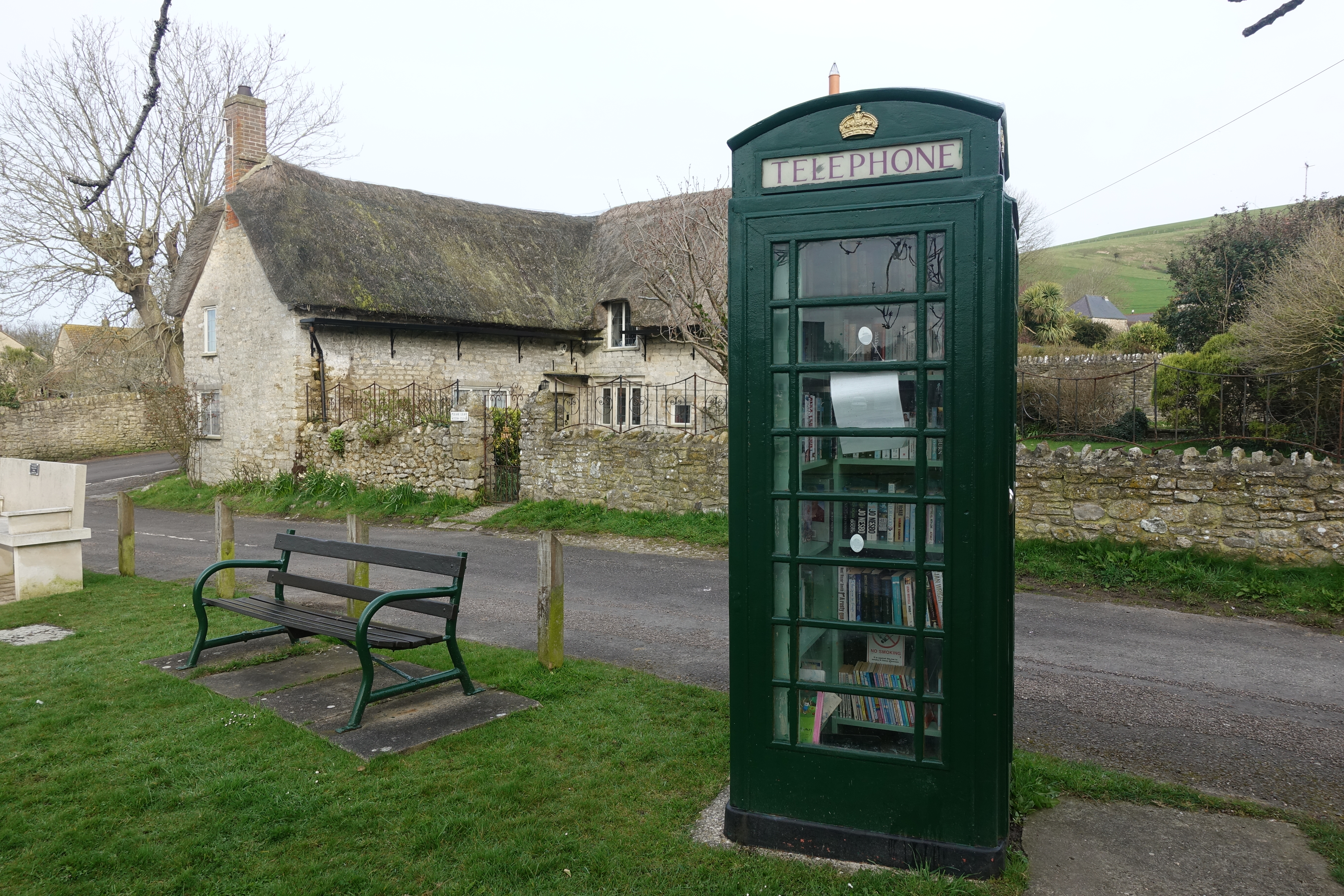 K6 in Dorset. Now used as a book exchange