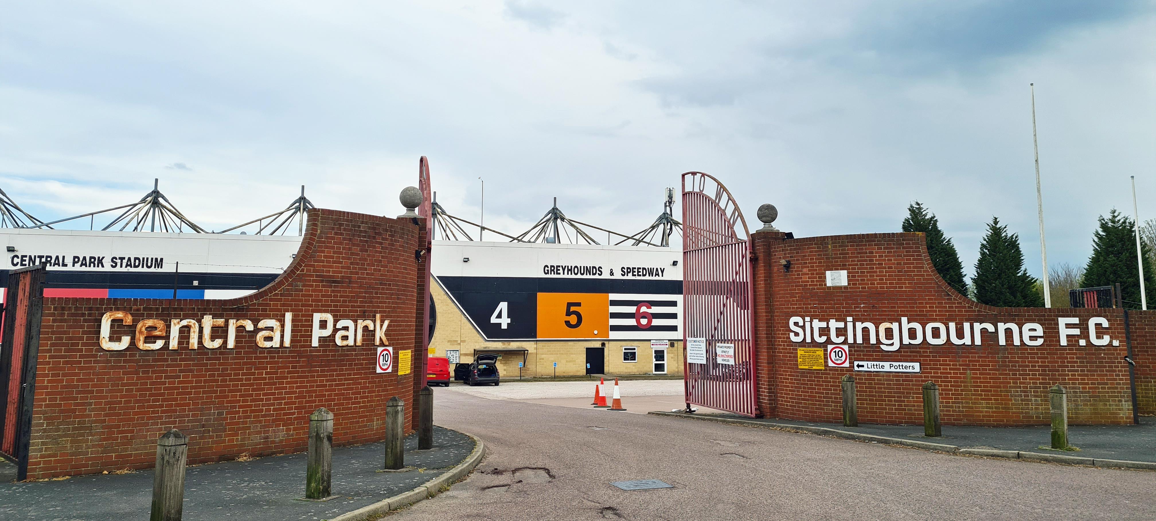 Central Park Stadium, Sittingbourne