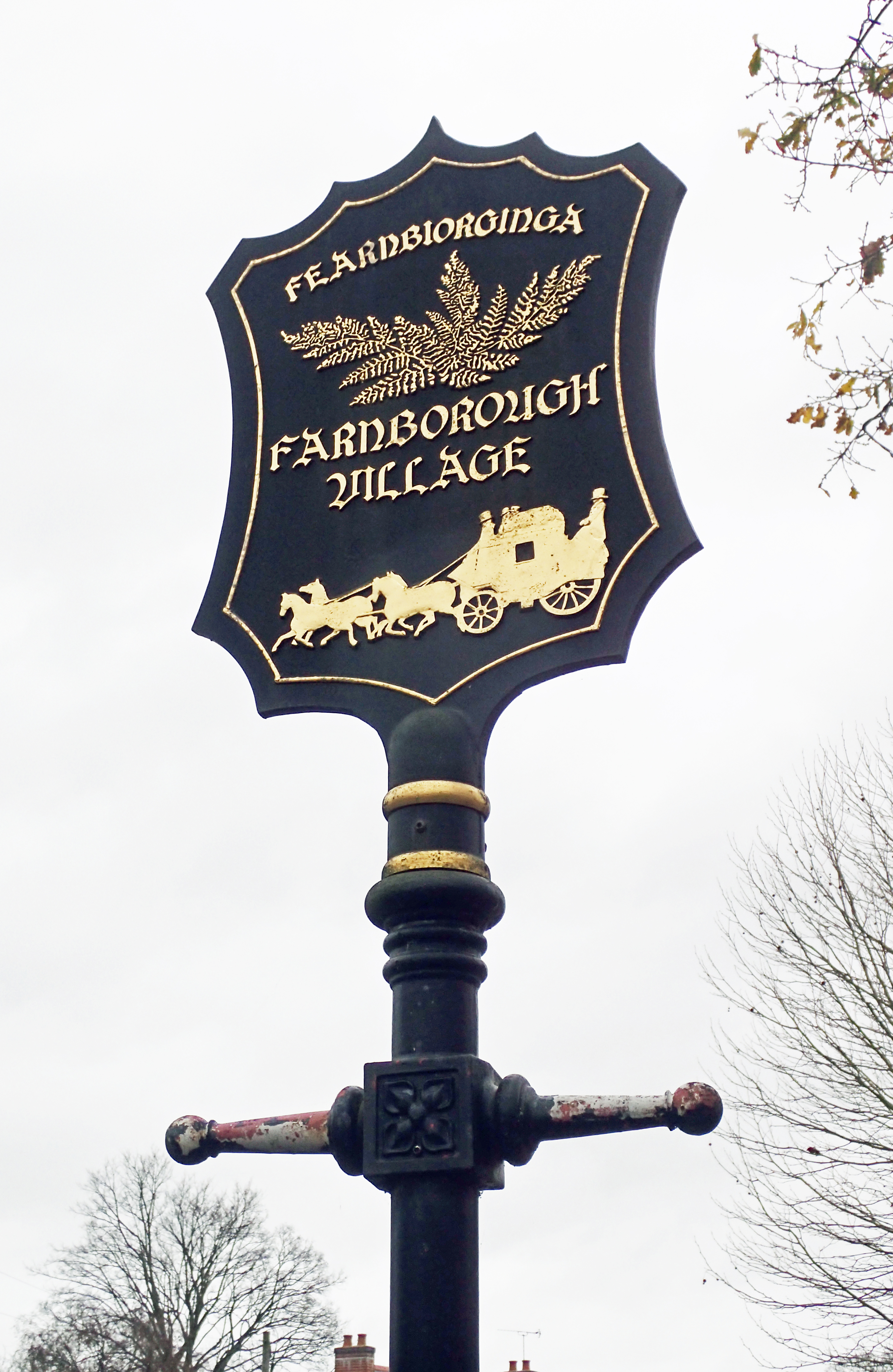 Farnborough Village sign, passed on the London LOOP