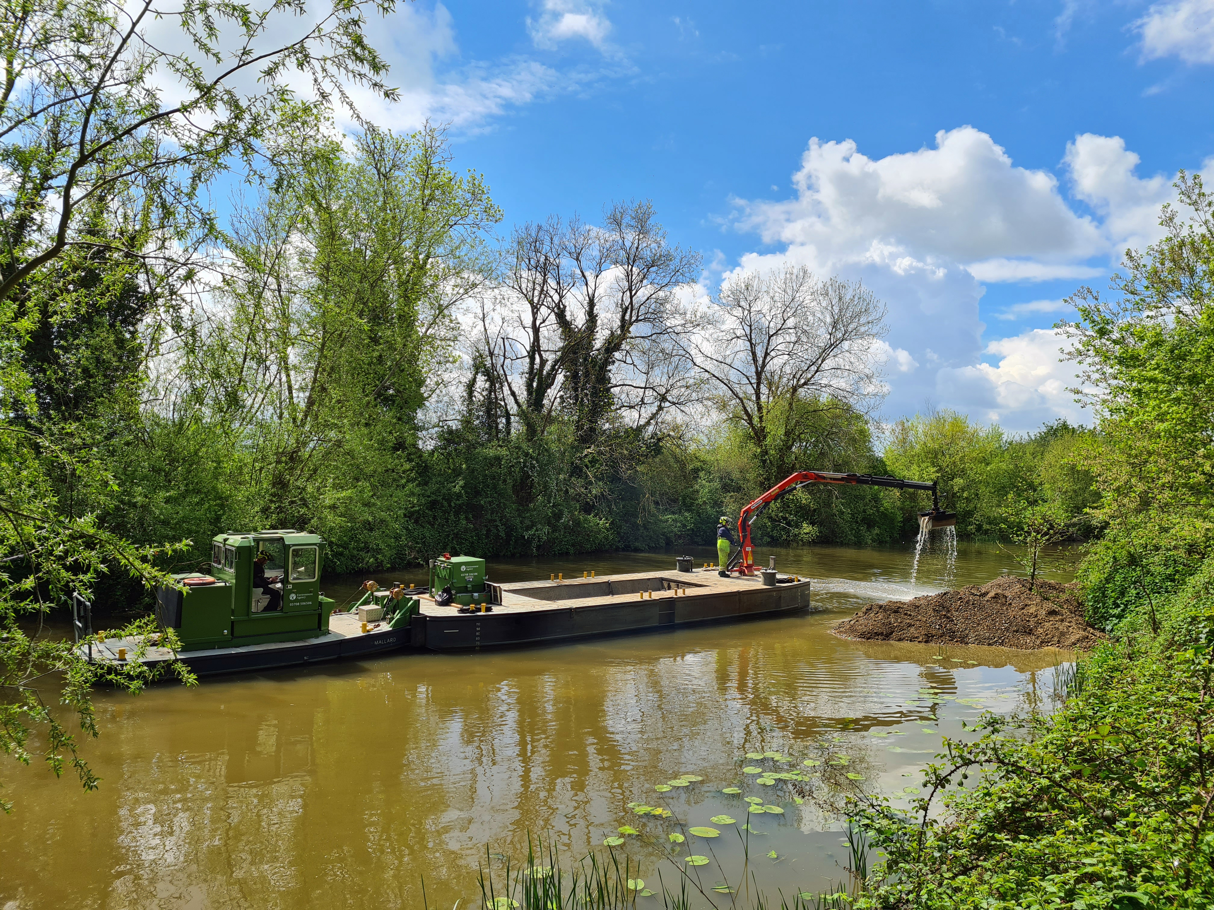 The River Medway is navigable all the way to Tonbridge and beyond. Dredging work was underway to ensure it stayed that way