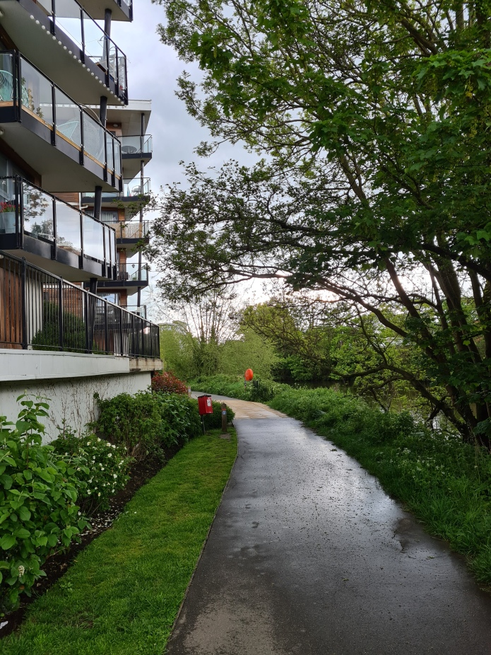 Smallholdings and vegetable plots give way to desirable riverside residences