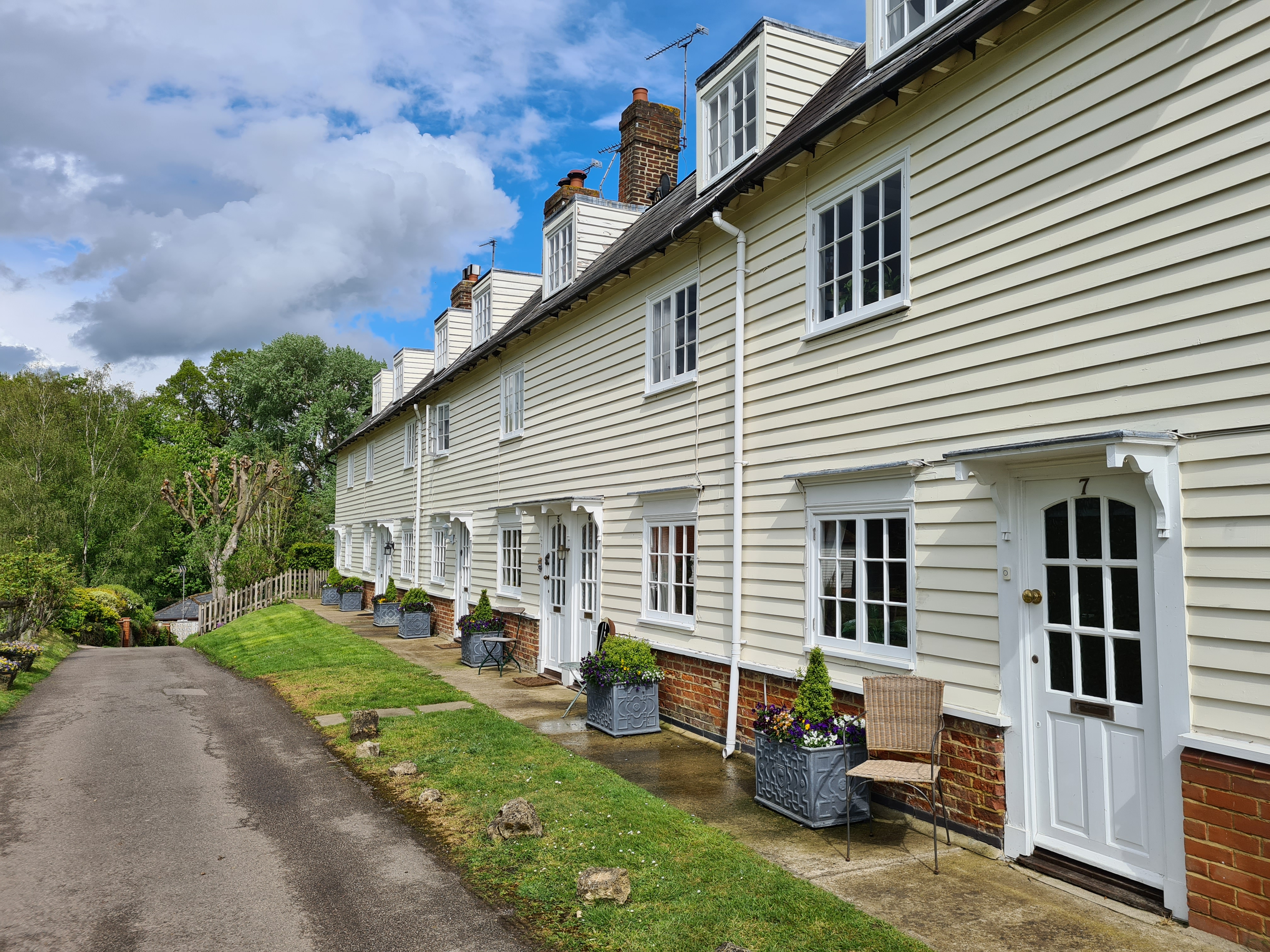 Mill Cottages West Farleigh