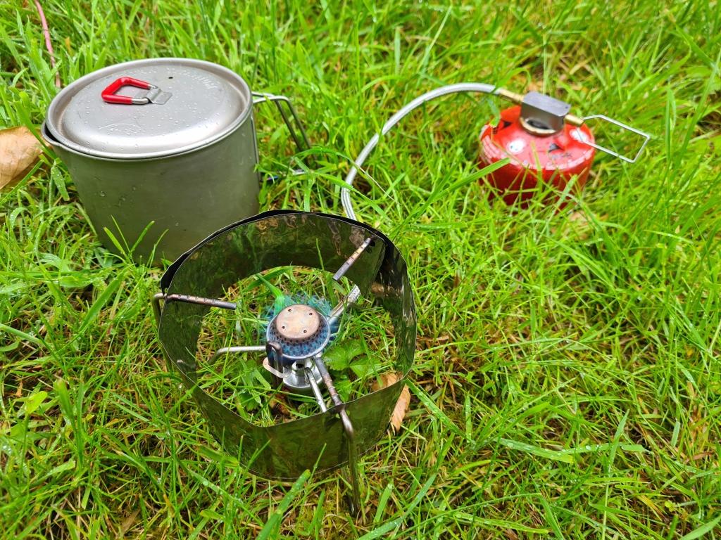 Titanium foil windscreen fitted to Kovea Spider stove