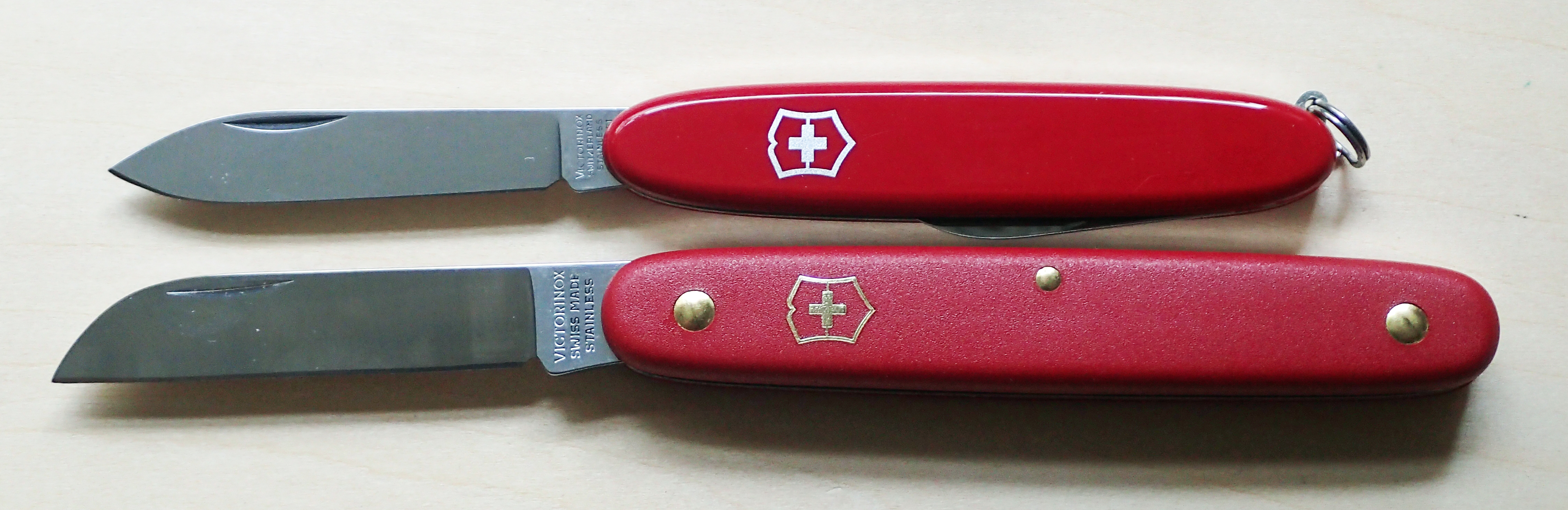 Victorinox Floral knife with 100mm Excelsior (above)