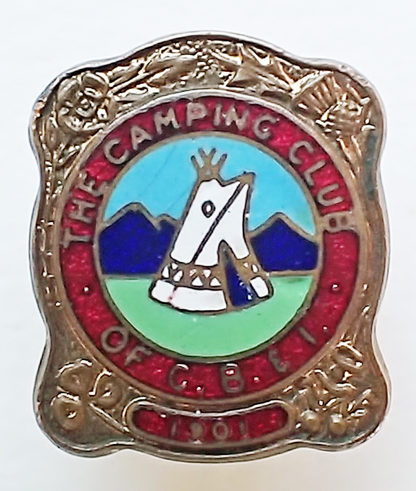 Enamel badge with gilt surround given to new members as a goodwill gesture. Also for presentation to friends as souvenirs. 1950-1964. Note 'four-nations' corner decorations
